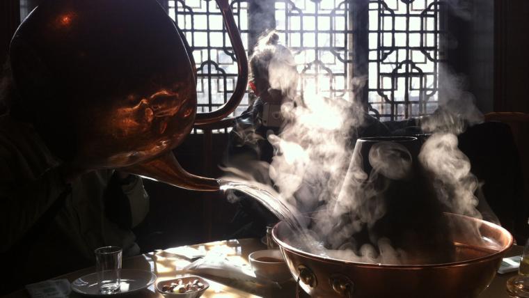 Comer en Beijing es un placer con ZhìNéng QìGōng
